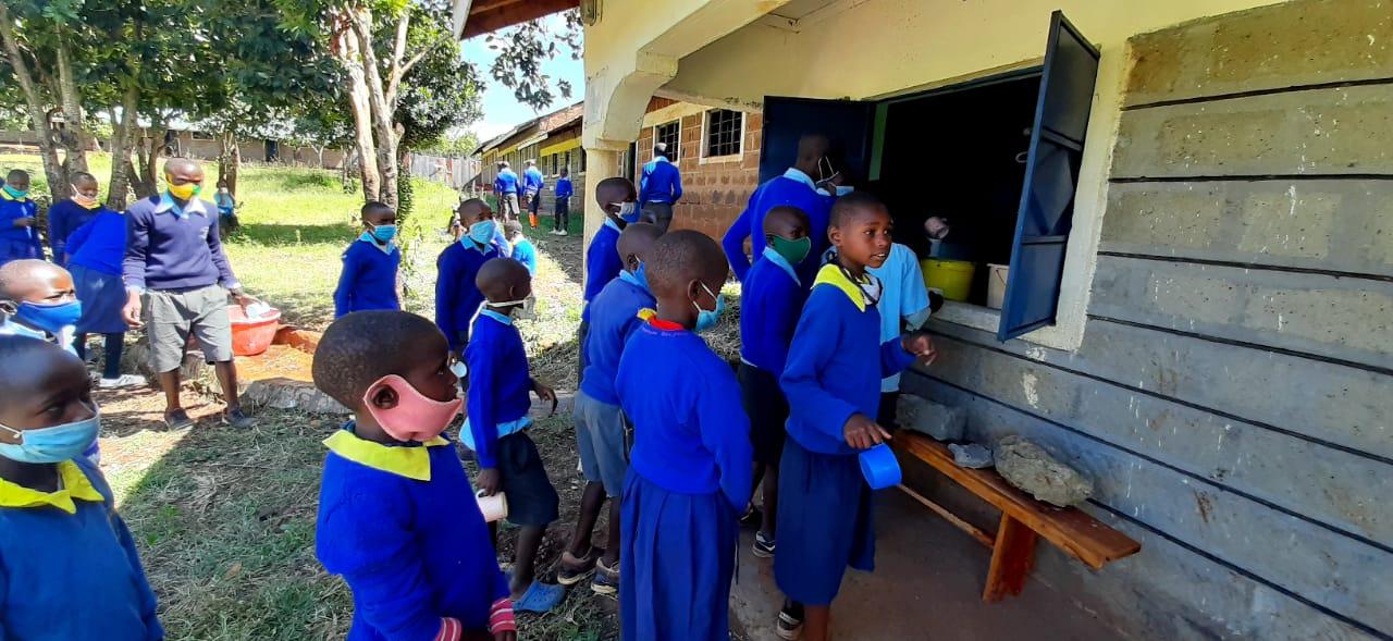 school lunch under lock-down